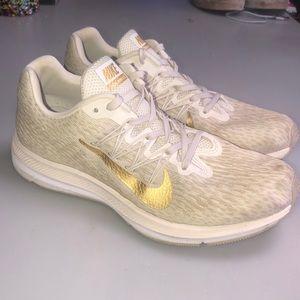 Nike Zion Winflow 5